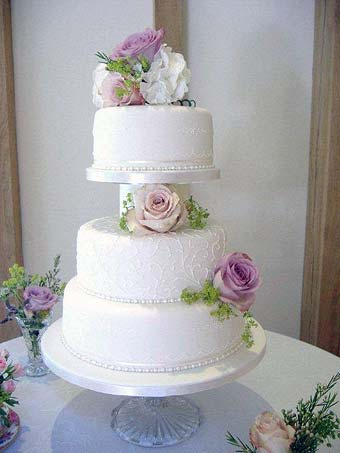 Elegant Vintage Wedding  cake