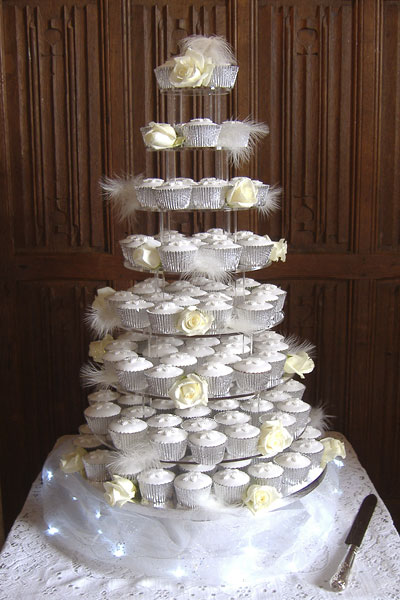 Elegant Wedding Cake with sugar flower spray